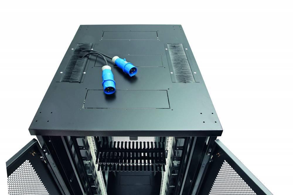 Шкаф телекоммуникационный напольный 19 дюймов Eurolan 60F-33-68-30BL