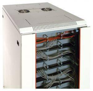 Шкаф телекоммуникационный напольный 19 серверный ЦМО ШТК-М-33.6.8-1ААА