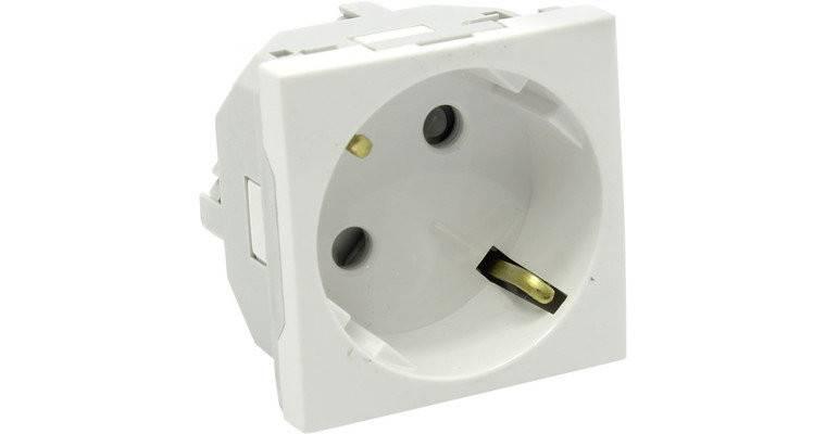 Розетка электрическая Efapel 45132 SBR