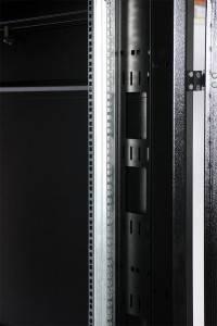 Шкаф 19 напольный серверный ЦМО ШТК-СП-42.6.10-44АА-9005-5