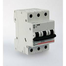 Aвтоматический выключатель Legrand 404058
