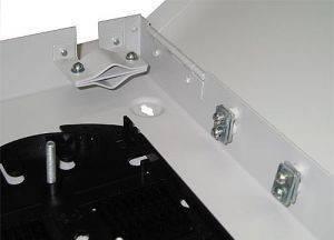 Кросс оптический настенный на 16 портов ST (FC) со сплайс-кассетой (без пигтейлов и проходных адаптеров)-3
