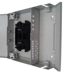 Кросс оптический настенный на 32 порта ST (FC) со сплайс-кассетой (без пигтейлов и проходных адаптеров)-3