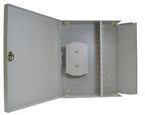Кросс оптический настенный на 96 портов ST (FC) со сплайс-кассетой (без пигтейлов и проходных адаптеров)-1